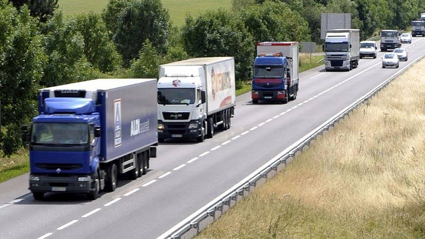 Les Poids Lourds Vont Devoir Payer Pour L'amélioration Des Routes